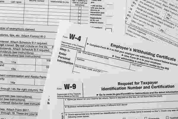 W-9s和其他四种营业税形式企业家需要了解