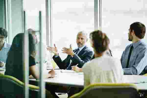 放手并领导: 破坏有效领导的模式